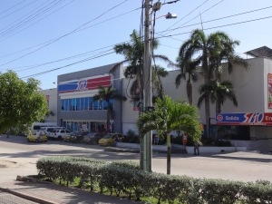 "One of Barranquilla's primary ""big box stores"" - a Super Almacen Olimpica (SAO)."