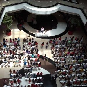 Sunday Mass at Barranquilla's Buenavista Mall